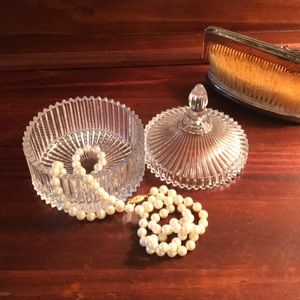 EUC Glass Jewelry Holder